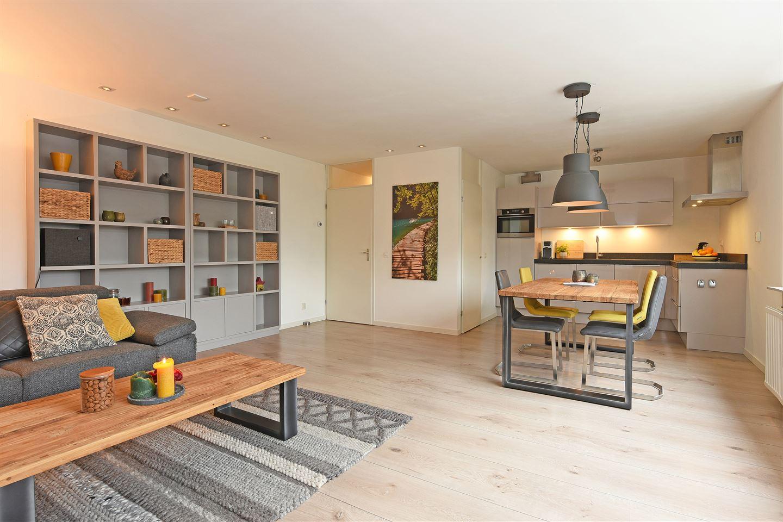 Bekijk foto 1 van Meijer van Leeuwenstraat 13