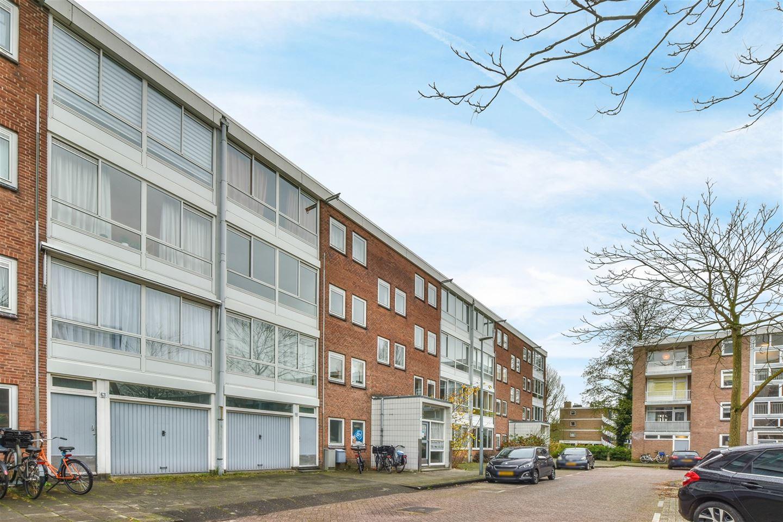 Bekijk foto 2 van Ennemaborg 69