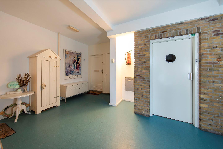 Bekijk foto 3 van Burgemeester van Alphenstraat 59 F2