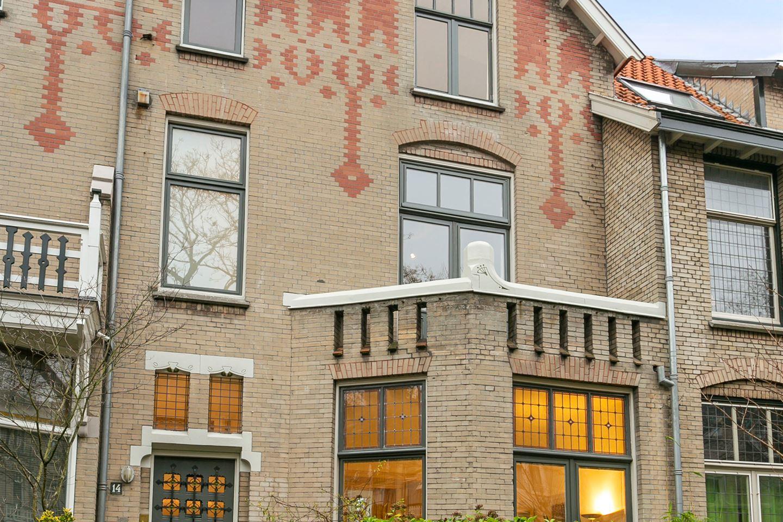 Bekijk foto 1 van Pater Brugmanstraat 14