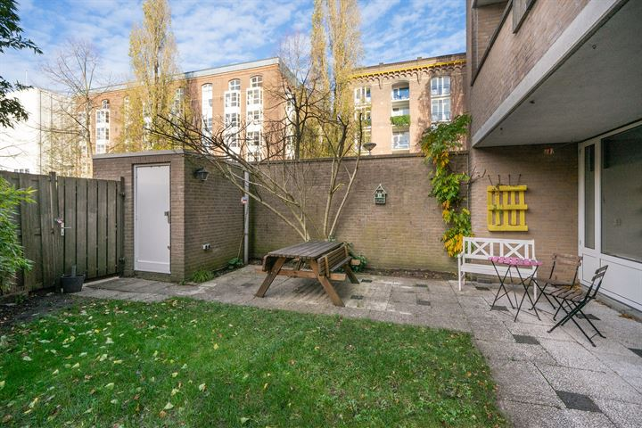 H.J.M. Walenkampstraat 77 hs