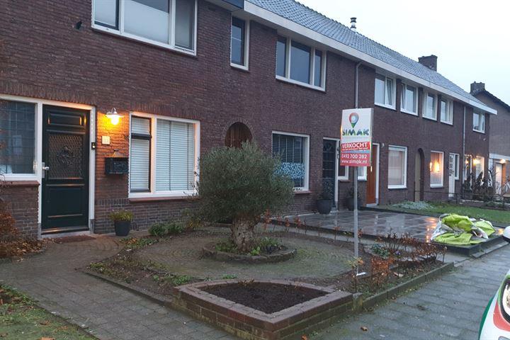 Ben van Dorststraat 11