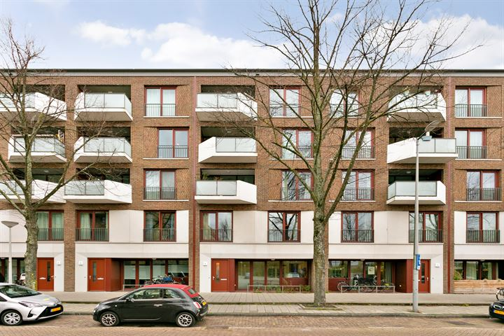 Jan Tooropstraat 16