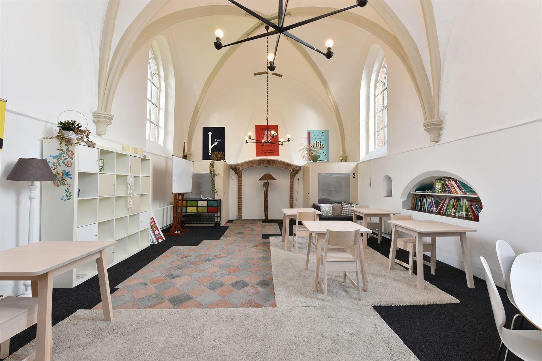 Bekijk foto 2 van Kerkplein 2