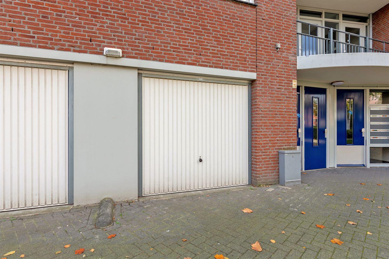 View photo 3 of Burgemeester Van Gilsstraat 115