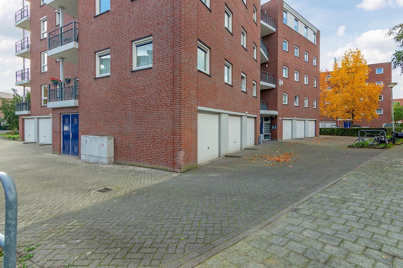 View photo 4 of Burgemeester Van Gilsstraat 115
