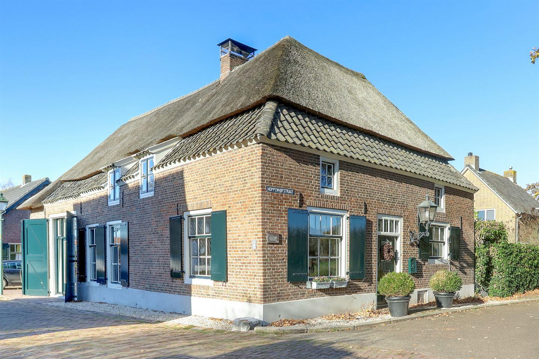 Bekijk foto 2 van Hoppenhofstraat 1