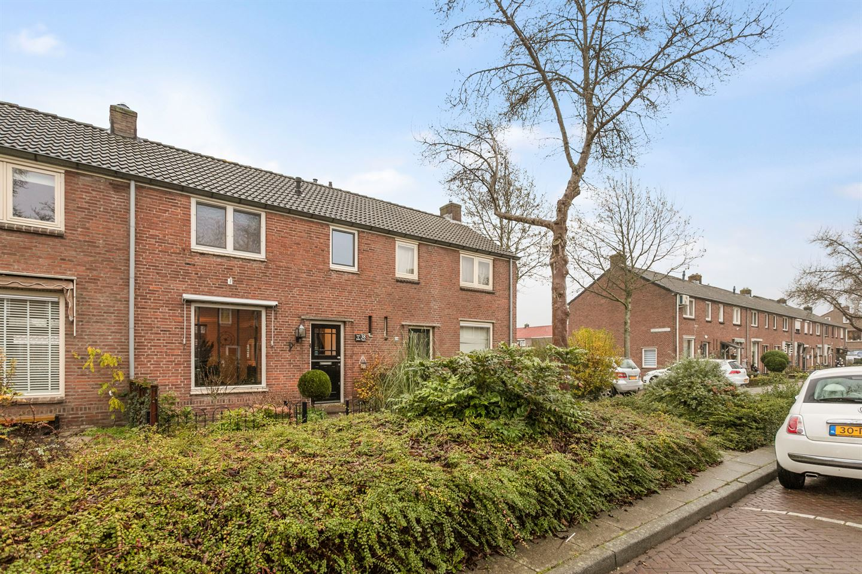 Bekijk foto 1 van Pieter de Hooghstraat 38