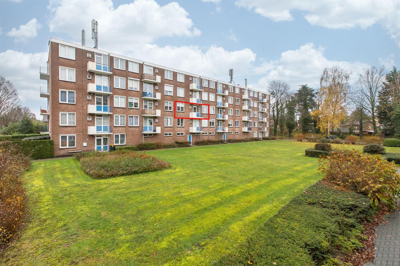 Bekijk foto 4 van van Hogendorplaan 48 c