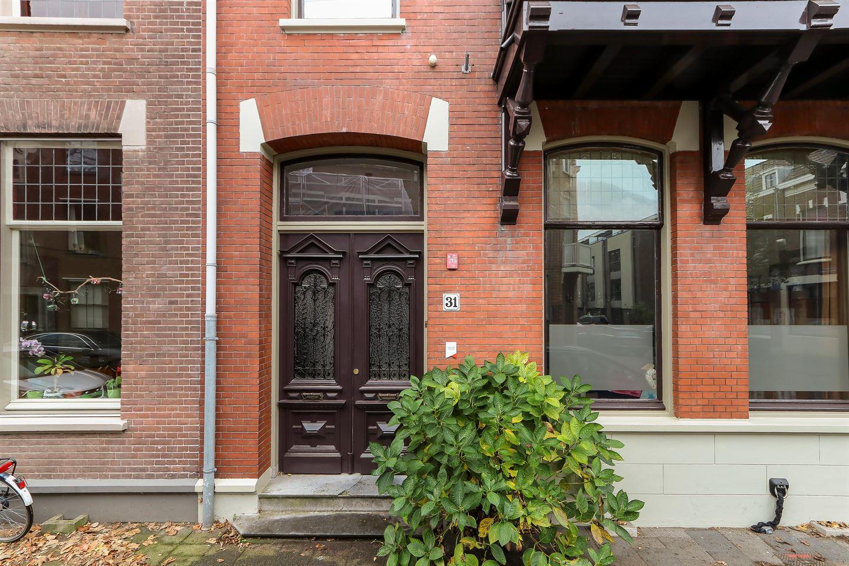Bekijk foto 2 van Cornelis van Beverenstraat 31