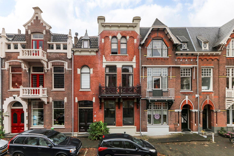 Bekijk foto 1 van Cornelis van Beverenstraat 31