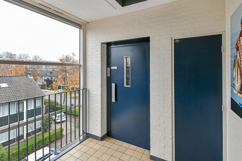 Bekijk foto 3 van Teisterbantstraat 64