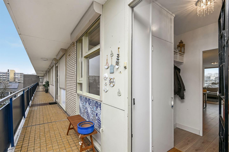 Bekijk foto 4 van Teisterbantstraat 64