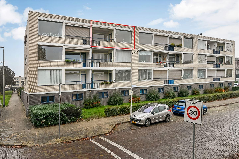 Bekijk foto 1 van Teisterbantstraat 64