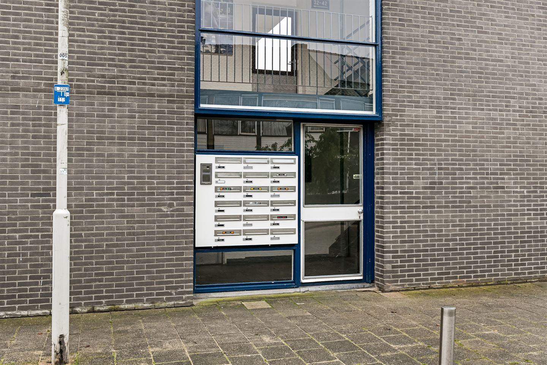 Bekijk foto 2 van Teisterbantstraat 64