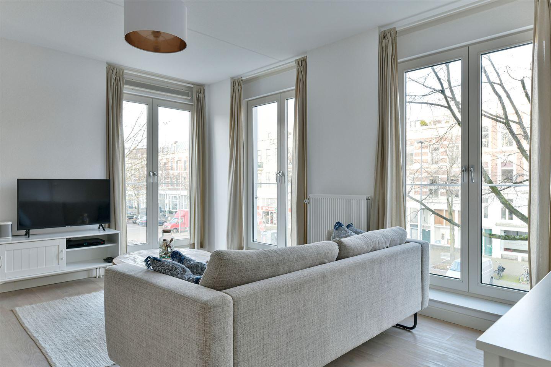 Bekijk foto 2 van Van der Takstraat 65