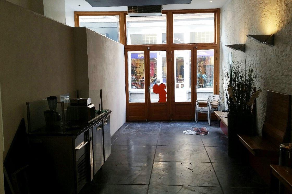 Bekijk foto 2 van Weerstraat 15