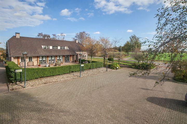 Vroenhoutseweg 21, Roosendaal