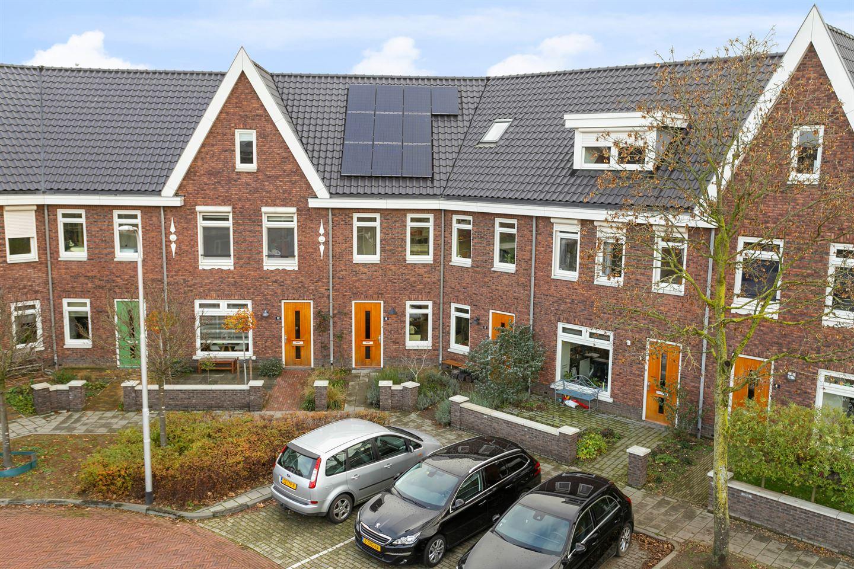 Bekijk foto 2 van Jan Luykenstraat 10