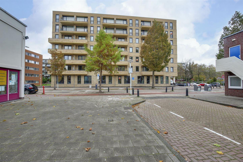 Bekijk foto 4 van Jan Tooropstraat 1 H