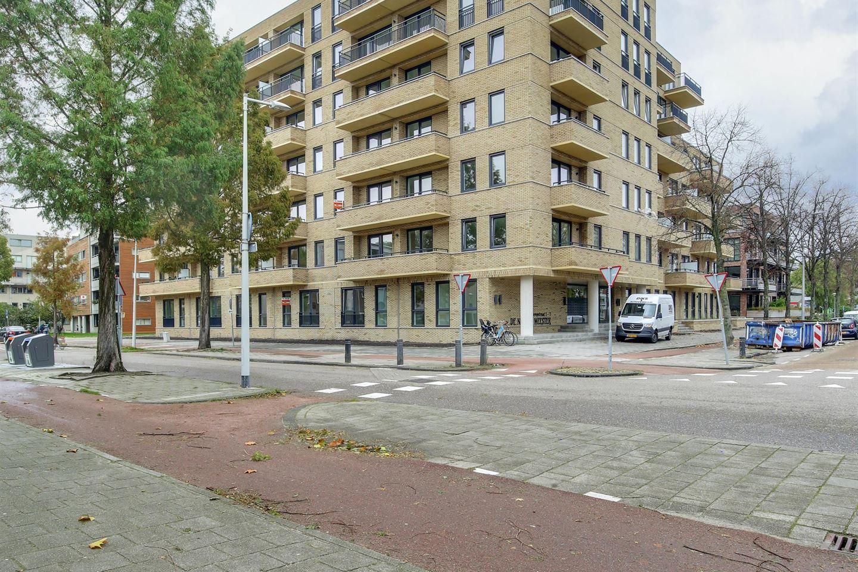Bekijk foto 5 van Jan Tooropstraat 1 H