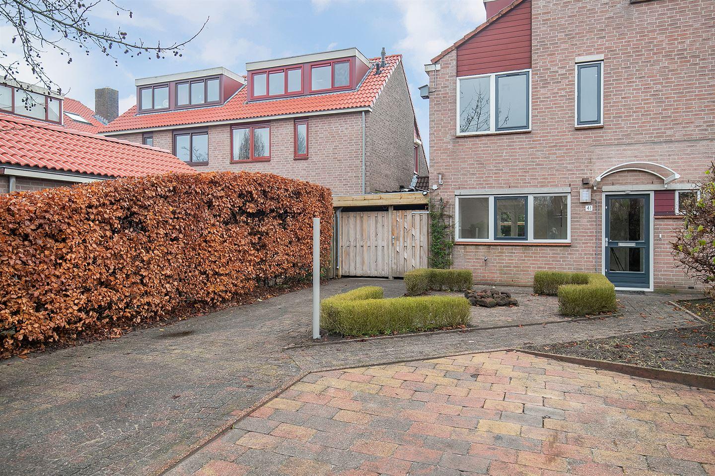 Bekijk foto 3 van Van de Lagemaathof 41