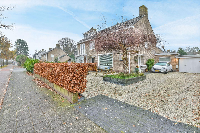 Bekijk foto 2 van Cort van der Lindenlaan 49