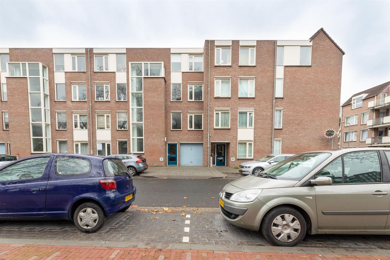 Bekijk foto 1 van Bram van den Berghstraat 79