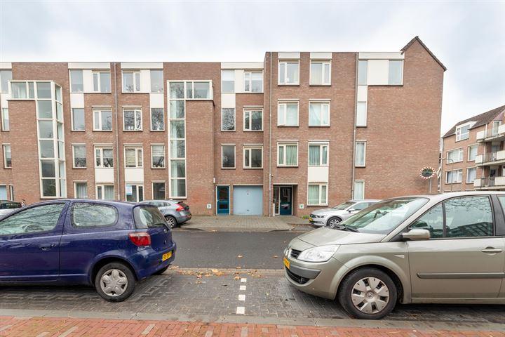 Bram van den Berghstraat 79