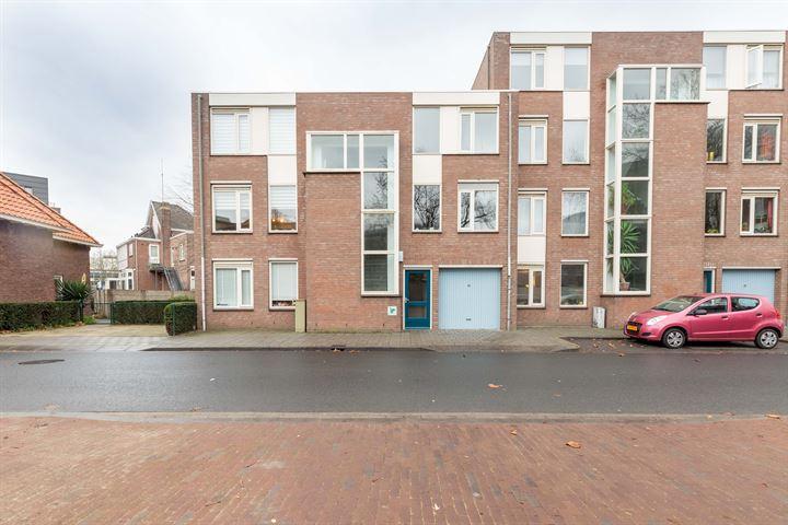 Bram van den Berghstraat 125