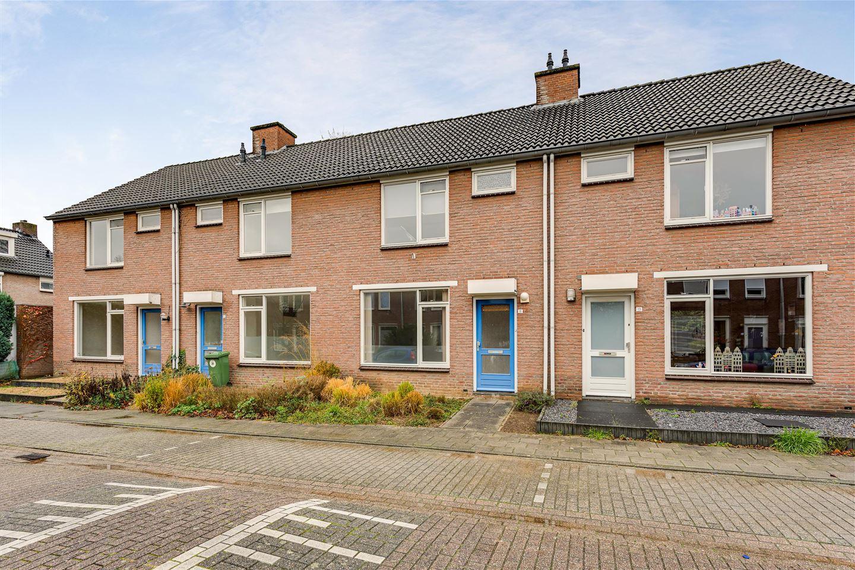 Bekijk foto 1 van Jan van Puijenbroeckstraat 11