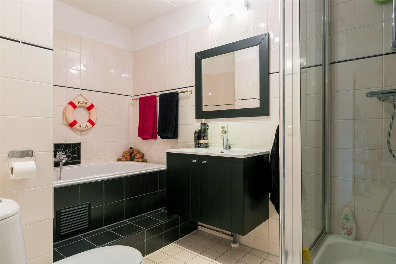 Bekijk foto 4 van Miróstraat 2