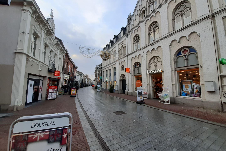 Bekijk foto 2 van Langstraat 19