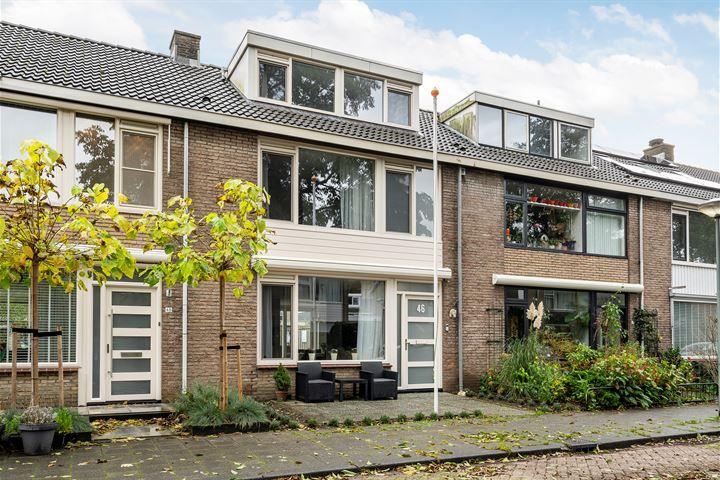 Anna van Burenstraat 46