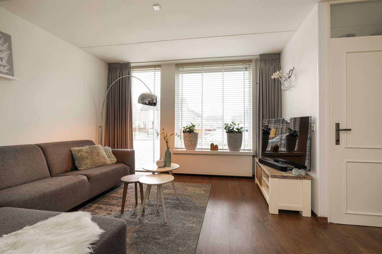 Bekijk foto 2 van Burgemeester Cormanstraat 27