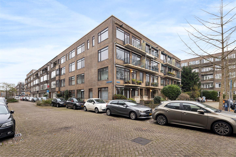 Bekijk foto 1 van Van der Meydestraat 50 b