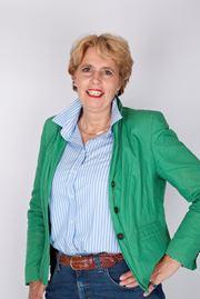 Maretta Van Stratum-Nab - Commercieel medewerker