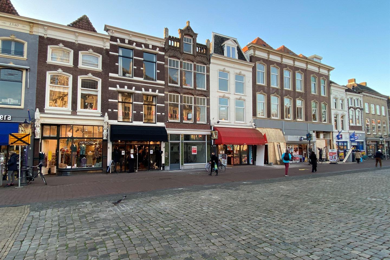 Bekijk foto 3 van Markt 64