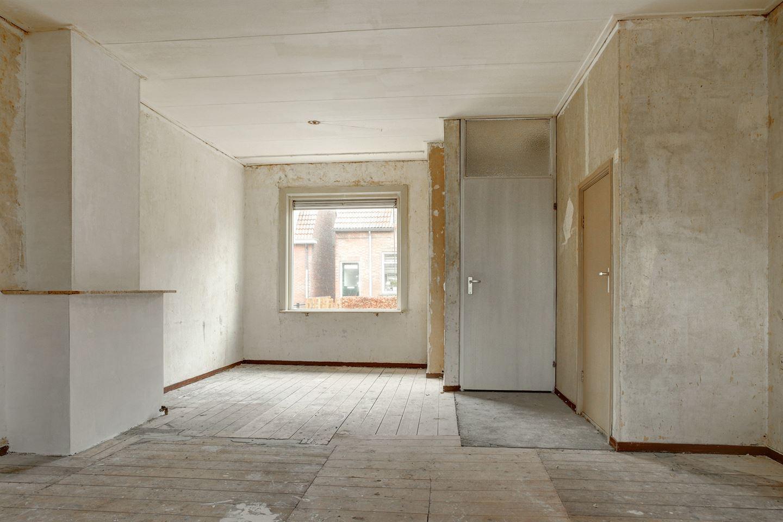 Bekijk foto 2 van Zwanebloemstraat 66
