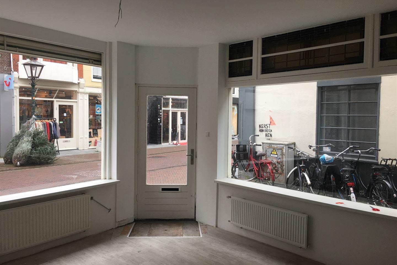 Bekijk foto 2 van Haarlemmerstraat 210
