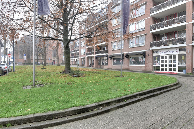 Bekijk foto 3 van Waterlooplein 210
