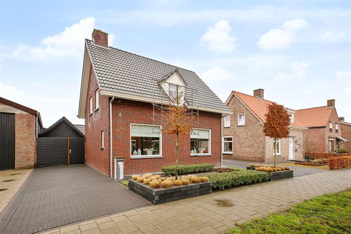Veldstraat 80