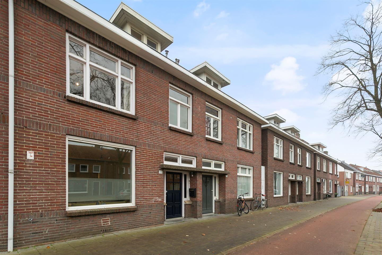 View photo 3 of Zeelsterstraat 109