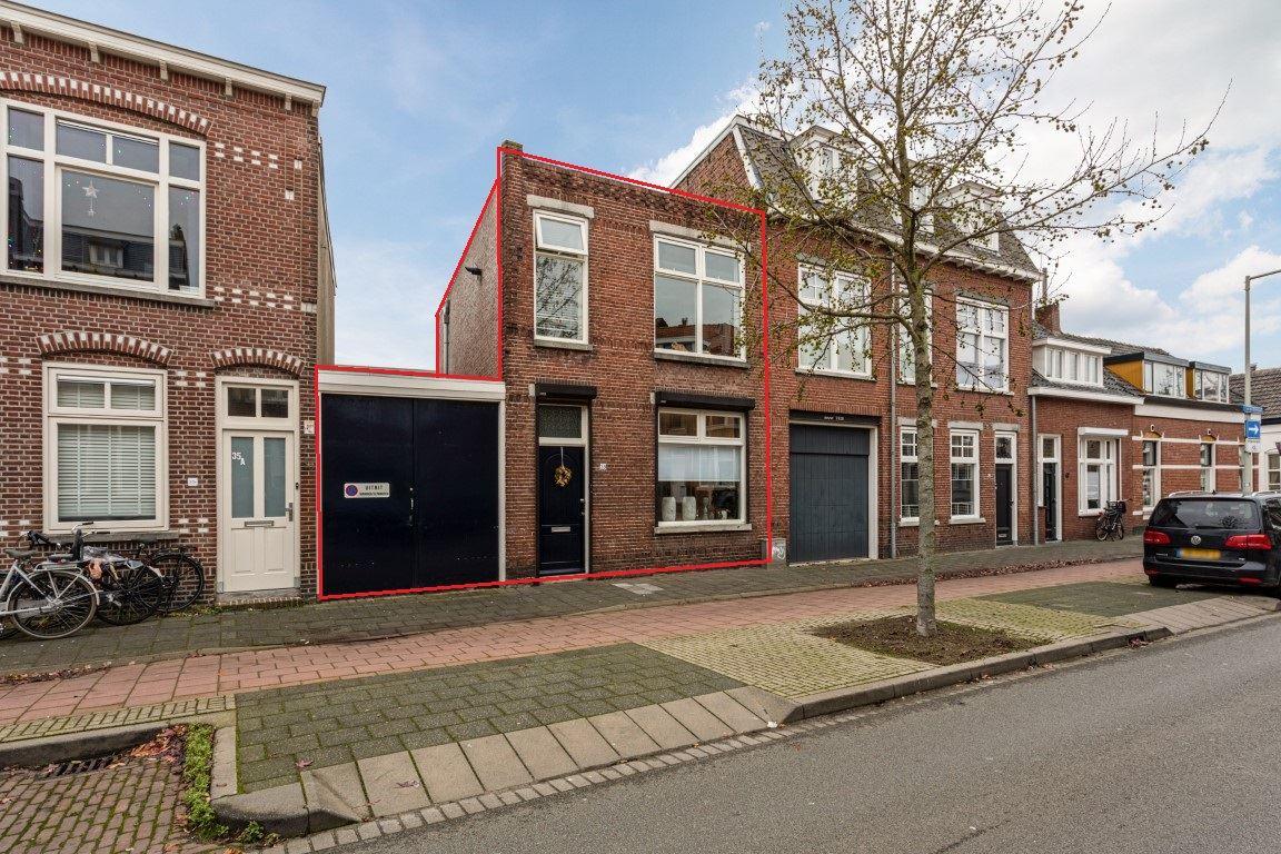 Bekijk foto 1 van Van der Rijtstraat 39