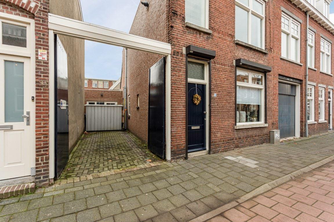 Bekijk foto 2 van Van der Rijtstraat 39