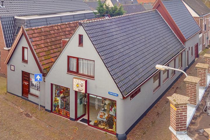Voorstraat 2, Den Oever