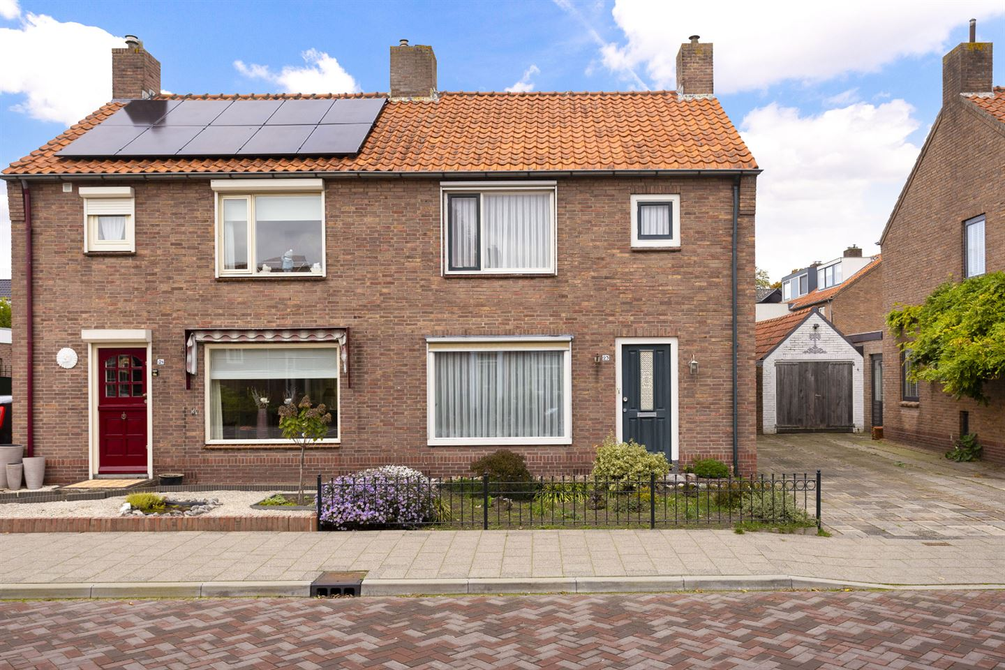 View photo 1 of Anneville-laan 23