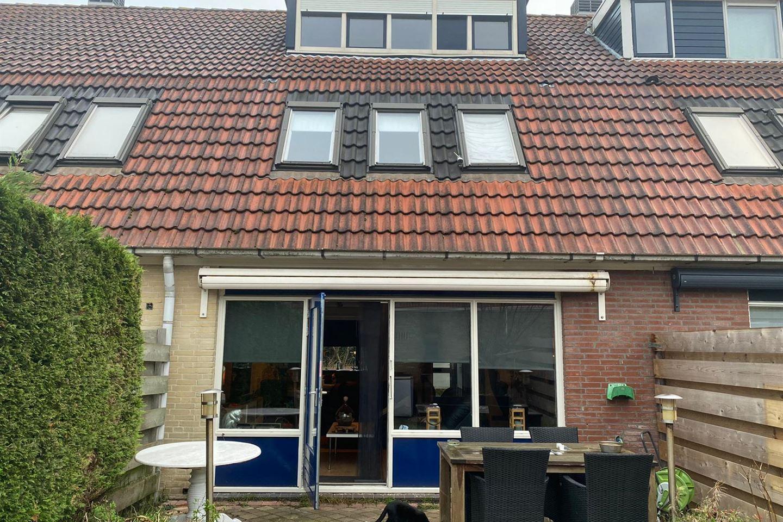 View photo 2 of Kraagbeer 10