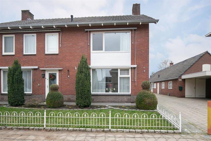 Dorpsstraat 104 -102 a