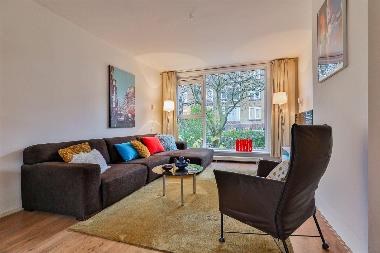 Bekijk foto 3 van Rengersstraat 13